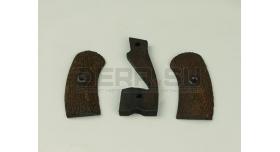 Накладки на рукоять для револьвера Наган / Деревянные оригинал склад [наган-10]