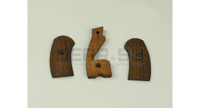 Накладки на рукоять для револьвера Наган / Деревянные оригинал мелкая насечка склад [наган-13]