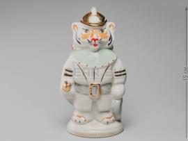 3266 Статуэтка «80 лет пожарной охране»