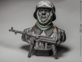 3290 Бюст «Мотоциклист Вермахта с MP-40»