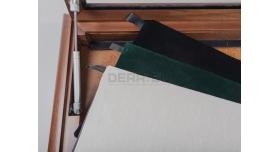 Настенные витрины для домашней коллекции / 75см х 56см белый фон с подсветткой [п-123]