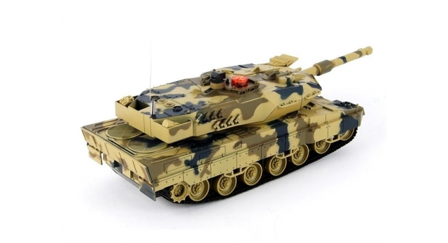 Р/У танк Huan Qi Leopard 2A5 с ИК-пушкой 1:24 4