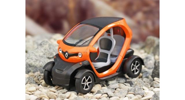 Машина Kinsmart Twizy инерция (1/12шт.) 12,5см б/к 4