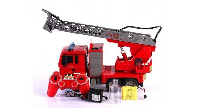Р/У пожарная машина Double Eagle, брызгает водой 1:20 4