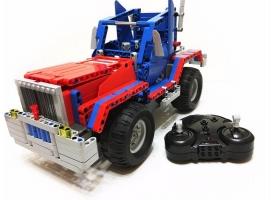 "Р/У конструктор CaDA Technic грузовик / джип ""Оптимус Прайм"" (531 деталь)"