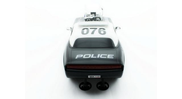 Р/У полицейская машина из серии &quotMuscle Сar&quot с гоночным Мотор. 1/16+свет+звук 11