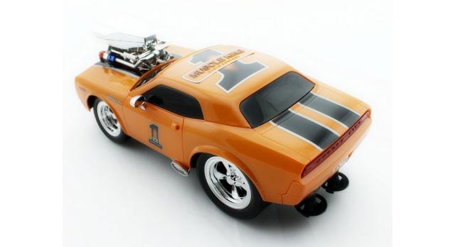 Р/У машина из серии &quotMuscle Сar&quot с гоночным Мотором 1/16 + свет + звук желтая 8