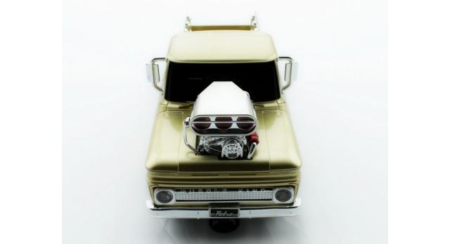 Р/У пикап из серии &quotMuscle Сar&quot с гоночным Мотором 1/16 + свет + звук 3