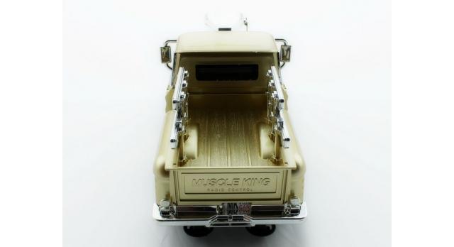 Р/У пикап из серии &quotMuscle Сar&quot с гоночным Мотором 1/16 + свет + звук 7