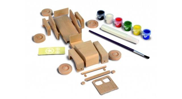 Сборная деревянная модель автомобиля Artesania Latina 4X4 CAR 3
