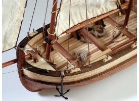 Сборная деревянная модель шлюпки корабля Artesania Latina ENDEAVOUR, 1/50 1