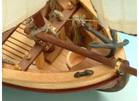 Сборная деревянная модель капитанской шлюпки корабля Artesania Latina SANTISIMA TRINIDAD, 1/50 1