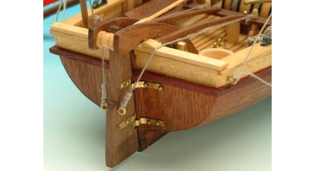 Сборная деревянная модель капитанской шлюпки корабля Artesania Latina SANTISIMA TRINIDAD, 1/50 4