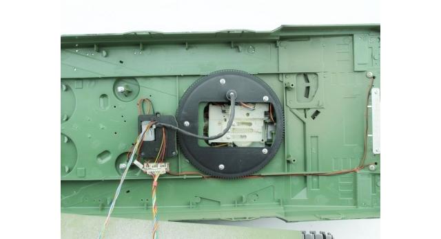 Р/У танк Taigen 1/16 Leopard 2 A6 (Германия) САМО 2.4G RTR, деревянная коробка 8