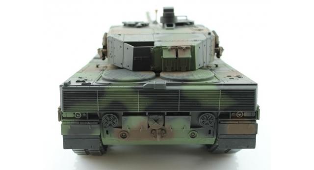 Р/У танк Taigen 1/16 Leopard 2 A6 (Германия) (для ИК танкового боя) САМО 2.4G RTR, деревянная коробка 6