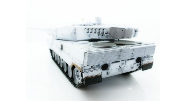 Р/У танк Taigen 1/16 Leopard 2 A6 (Германия) (для ИК танкового боя) UN 2.4G RTR, деревянная коробка 7