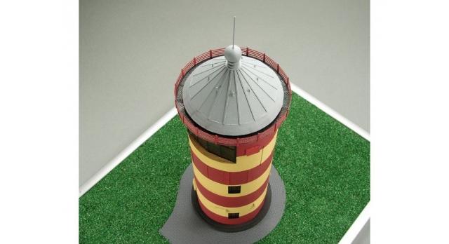 Сборная картонная модель Shipyard маяк Pilsumer Lighthouse (№45), 1/87 3