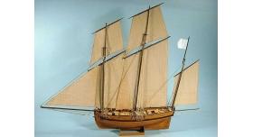 Сборная картонная модель Shipyard люгер Le Coureur (№51), 1/96 3