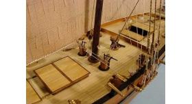 Сборная картонная модель Shipyard люгер Le Coureur (№51), 1/96 6