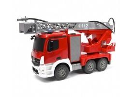 Р/У пожарная машина Double Eagle Mercedes-Benz Actros, брызгает водой 1:20