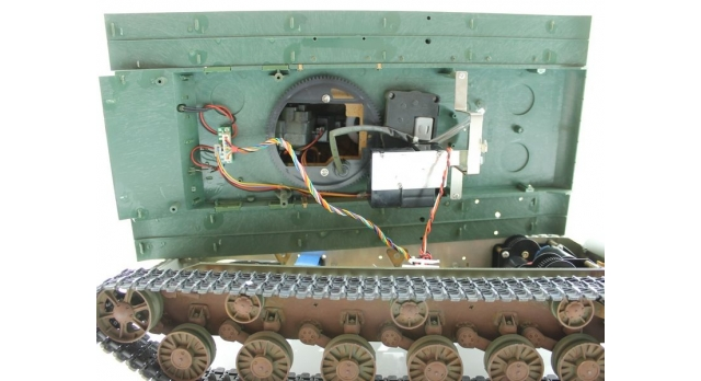 P/У танк Torro КВ-2 1/16  2.4G, СССР, зеленый, ИК-пушка, деревянная коробка 12