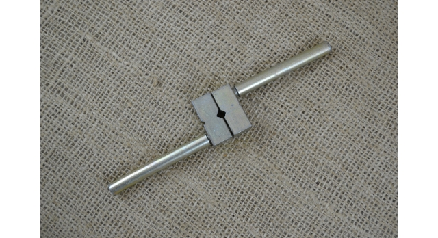Вороток для метчиков с резьбой М3-М14 (метчикодержатель)