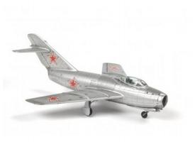 Сборная модель ZVEZDA Советский истребитель МиГ-15, 1/72