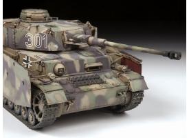 Сборная модель ZVEZDA Немецкий средний танк Pz IV Ausf. G, 1/35 1