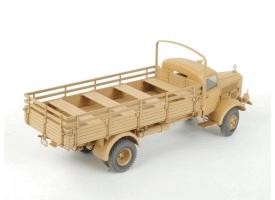 Сборная модель ZVEZDA Немецкий тяжелый грузовик L 4500A, 1/35 1