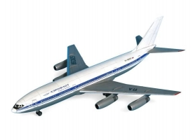 Сборная модель ZVEZDA Пассажирский авиалайнер Ил-86, подарочный набор, 1/144 1