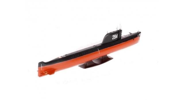 Сборная модель ZVEZDA Советская атомная подводная лодка К-19, 1/350 2