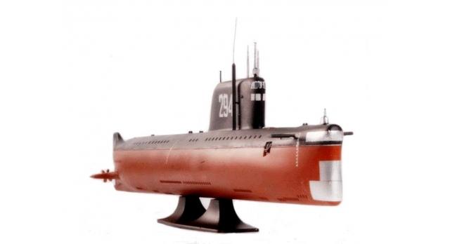 Сборная модель ZVEZDA Советская атомная подводная лодка К-19, 1/350 3