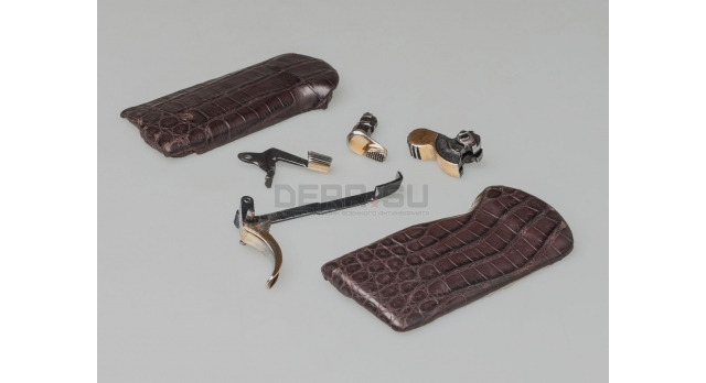Золочёный комплект АПС с накладками из крокодиловой кожи